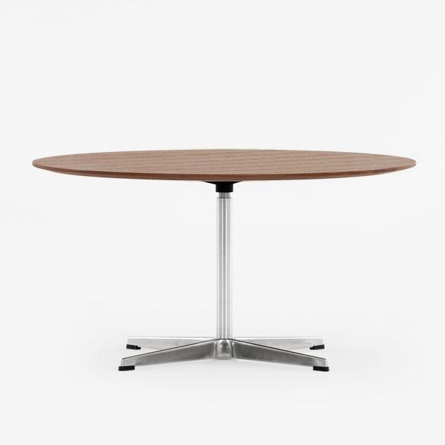 jacobsen kaffee tisch swan couchtisch design tische. Black Bedroom Furniture Sets. Home Design Ideas