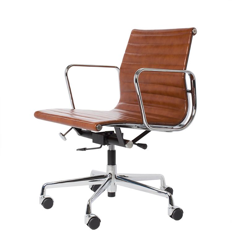 krzesło biurowe EA117 antyk