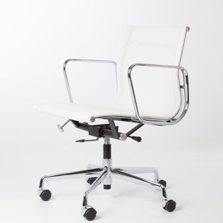 Eames Bureaustoel Imitatie.Ea117 Replica Eames Bureaustoel