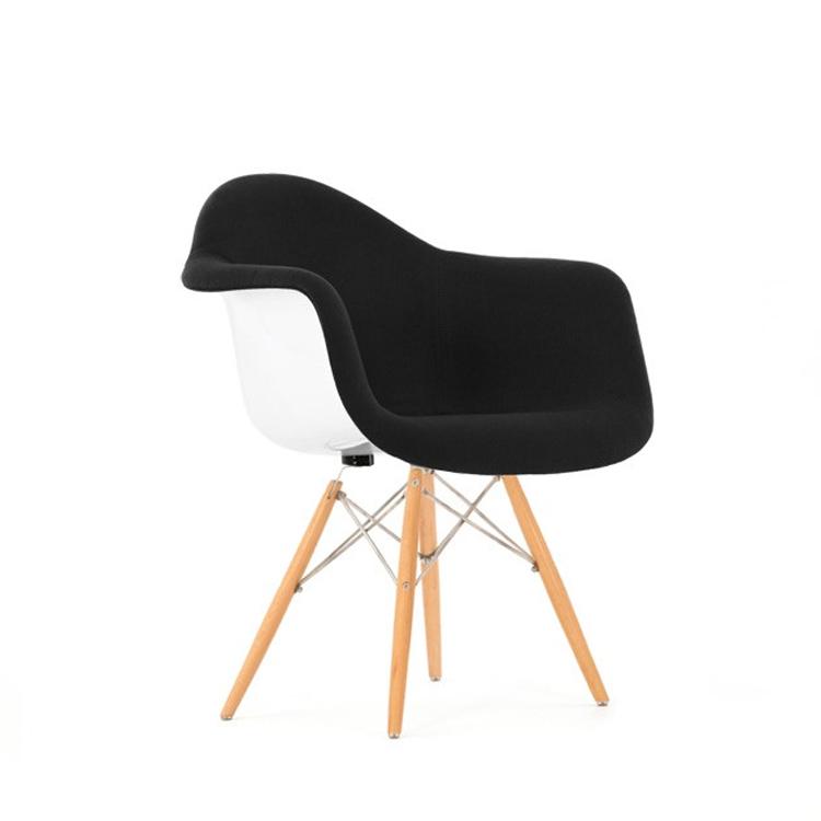 eames eetkamerstoel daw glasvezel bekleed design stoelen. Black Bedroom Furniture Sets. Home Design Ideas